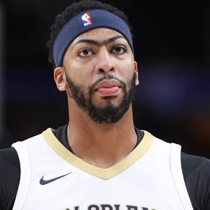 Anthony Davis Biography, Age, Weight, Height, Born Place ...
